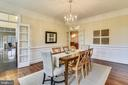Filled with light! - 6620 HORSESHOE TRL, CLIFTON