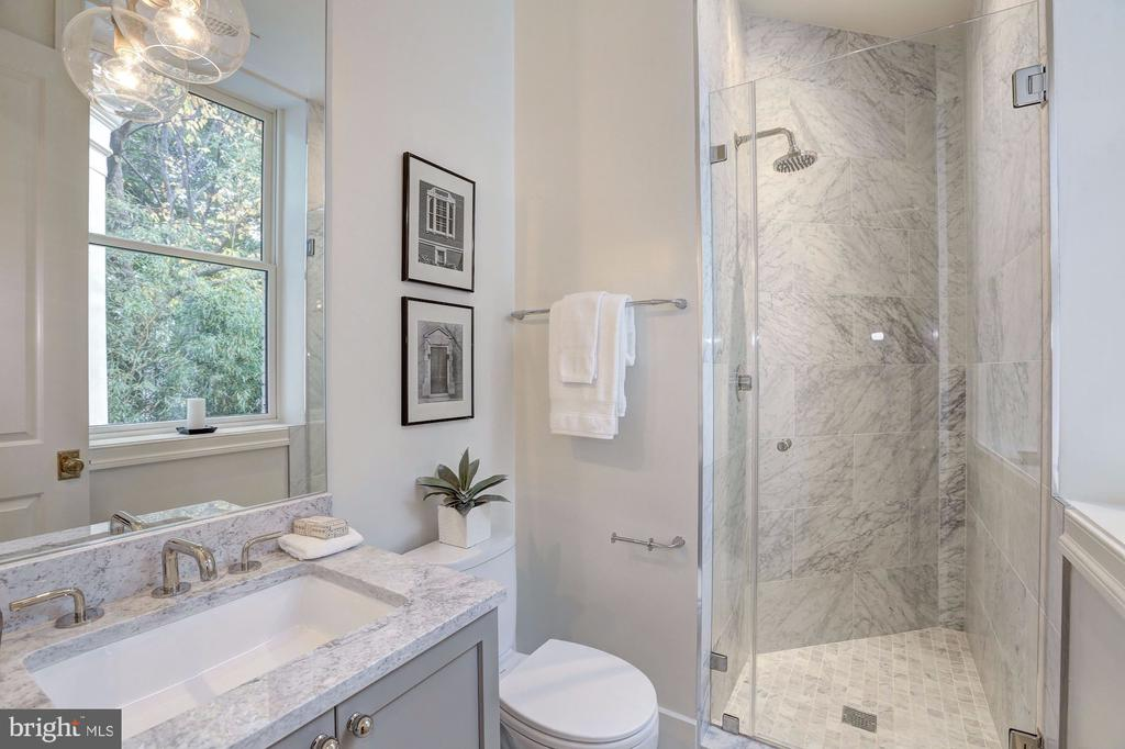 Italian Marble Shower - 1810 15TH ST NW #1, WASHINGTON
