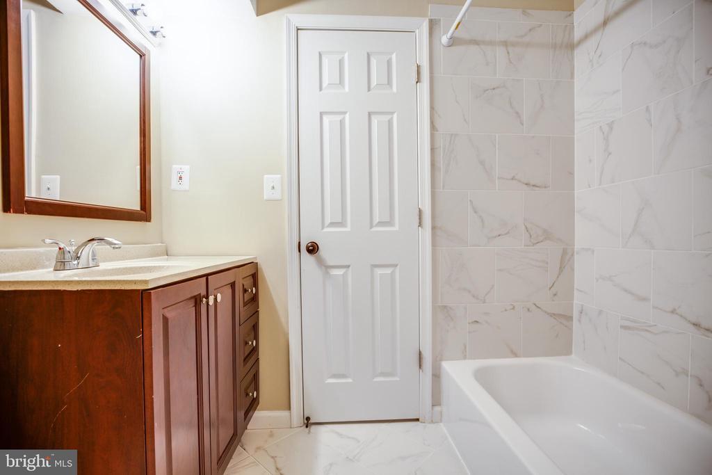 Bathroom #2 - 100 CHESTERFIELD LN #201, STAFFORD