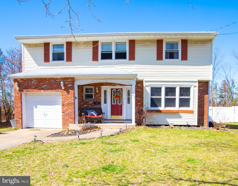 Villa per Vendita alle ore 165 CENTRAL Avenue Woodbury Heights, New Jersey 08097 Stati Uniti