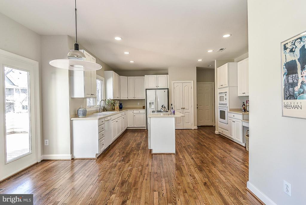 Breakfast Area with Doors to Rear Deck - 11330 BRIGHT POND LN, RESTON