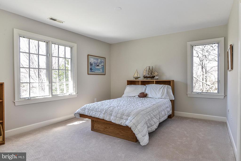 Bedroom 2 - 11330 BRIGHT POND LN, RESTON