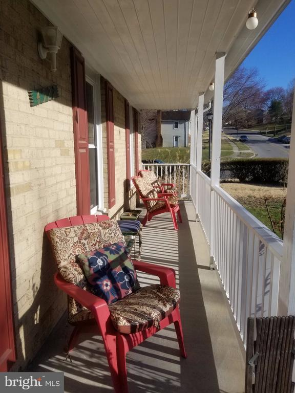 Porch - 4522 BIRCHTREE LN, TEMPLE HILLS