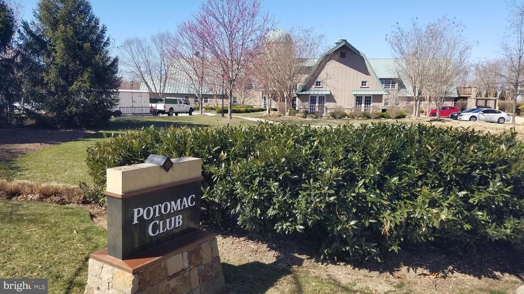 Potomac Club - 43230 PARKERS RIDGE DR, LEESBURG