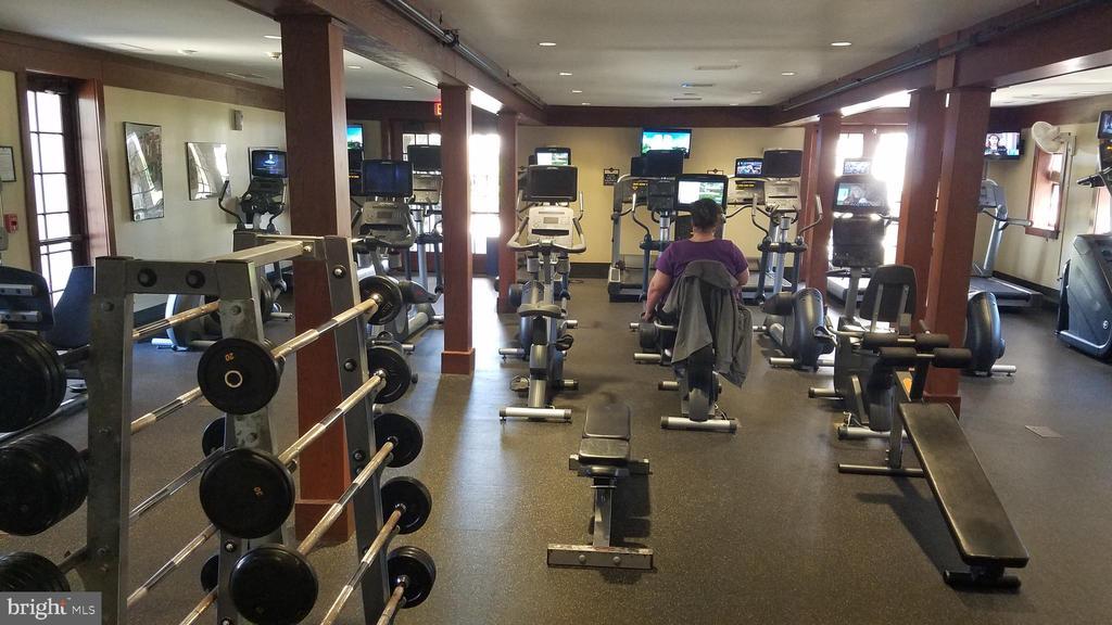 Gym/Fitness Center - 43230 PARKERS RIDGE DR, LEESBURG