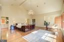 Owner's Suite - Murano Glass Chandelier - 1168 CHAIN BRIDGE RD, MCLEAN