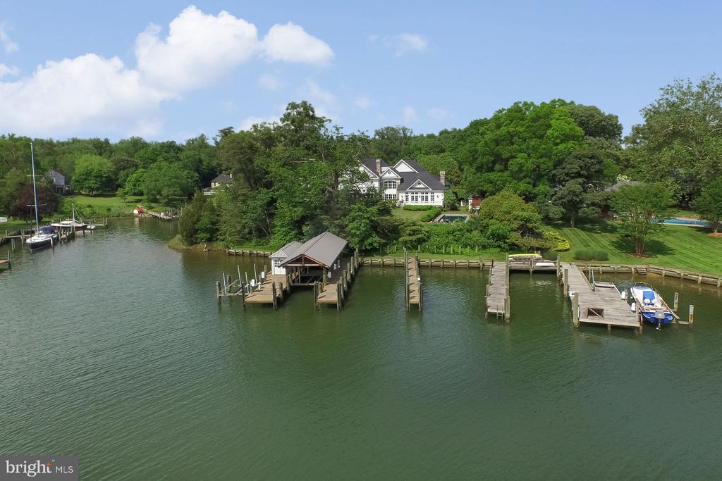 485 feet of waterfront - 948 MELVIN RD, ANNAPOLIS