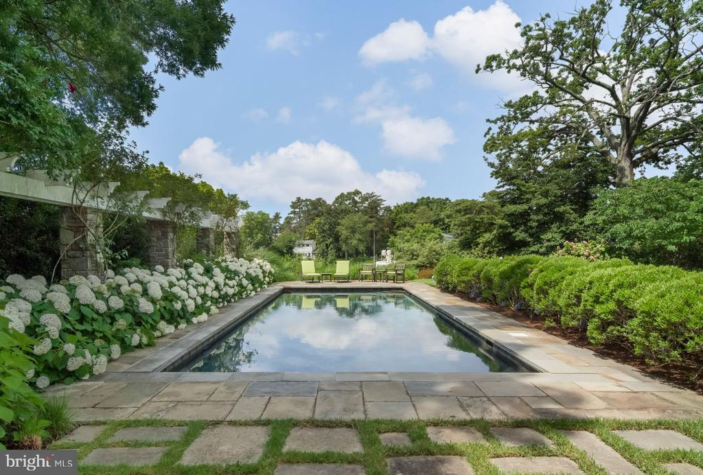 Heated Swimming Pool - 948 MELVIN RD, ANNAPOLIS