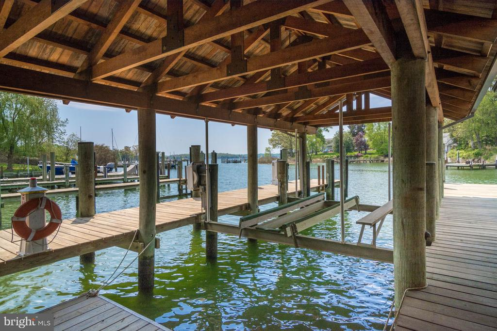 Covered Boat Lift - 948 MELVIN RD, ANNAPOLIS
