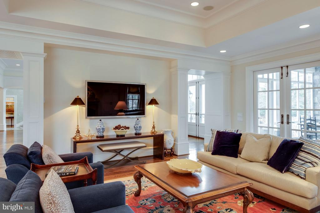 Family Room - 948 MELVIN RD, ANNAPOLIS