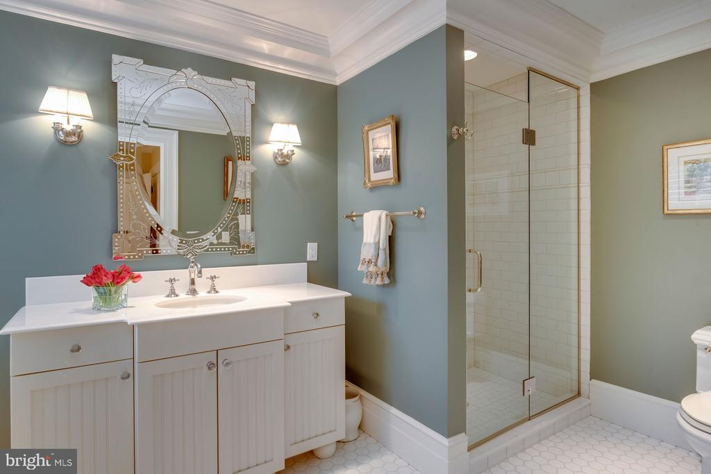 Bathroom #4 - 948 MELVIN RD, ANNAPOLIS