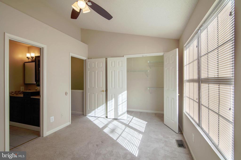 2nd Bedroom - 6656 HIGH VALLEY LN, ALEXANDRIA