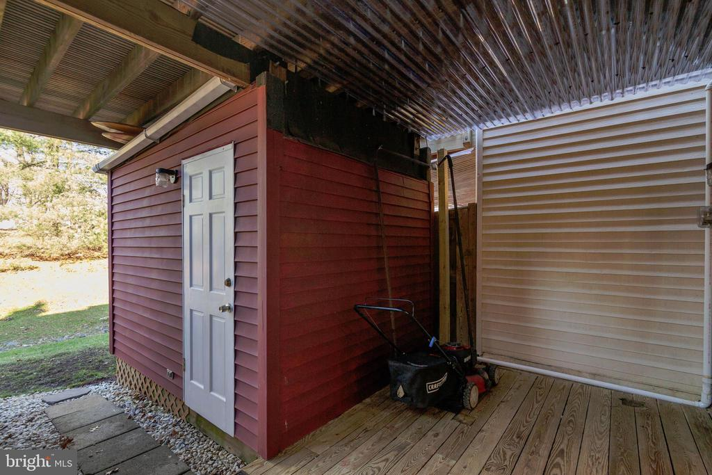 Shed/Workshop - 6656 HIGH VALLEY LN, ALEXANDRIA