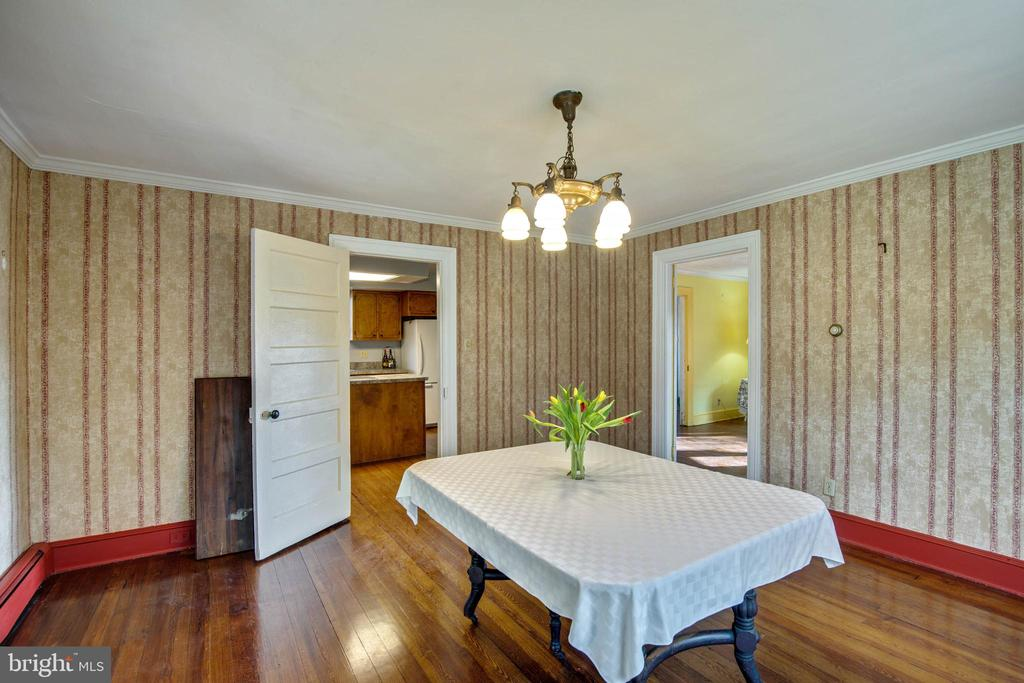 Dining Room - 1919 CASTLEMAN RD, BERRYVILLE