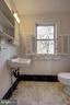 1/2 Bath - 1919 CASTLEMAN RD, BERRYVILLE
