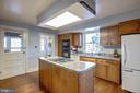 Kitchen - 1919 CASTLEMAN RD, BERRYVILLE