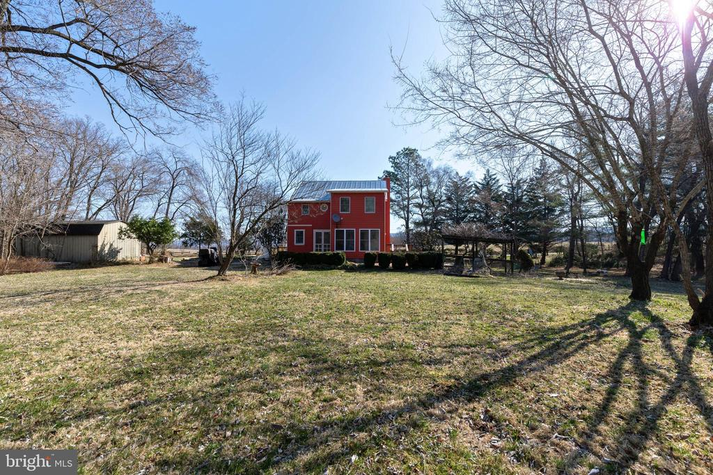 Beautiful Everywhere One Looks - 1919 CASTLEMAN RD, BERRYVILLE