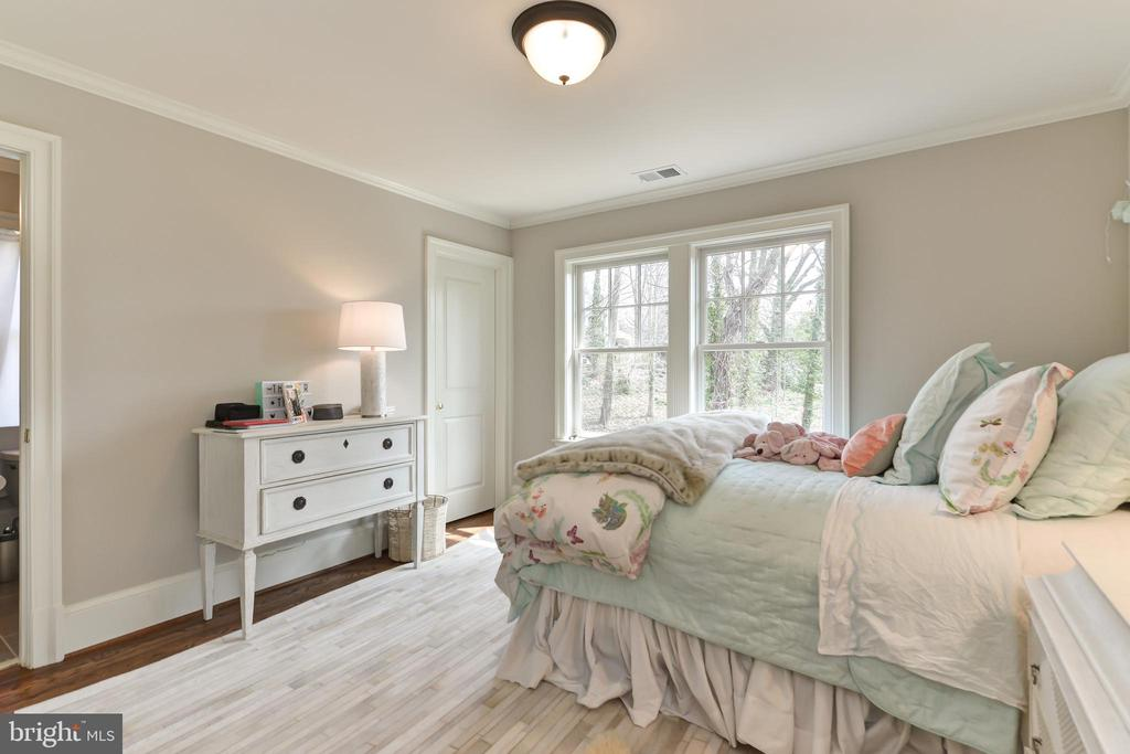 4th bedroom - 402 PRINCETON BLVD, ALEXANDRIA