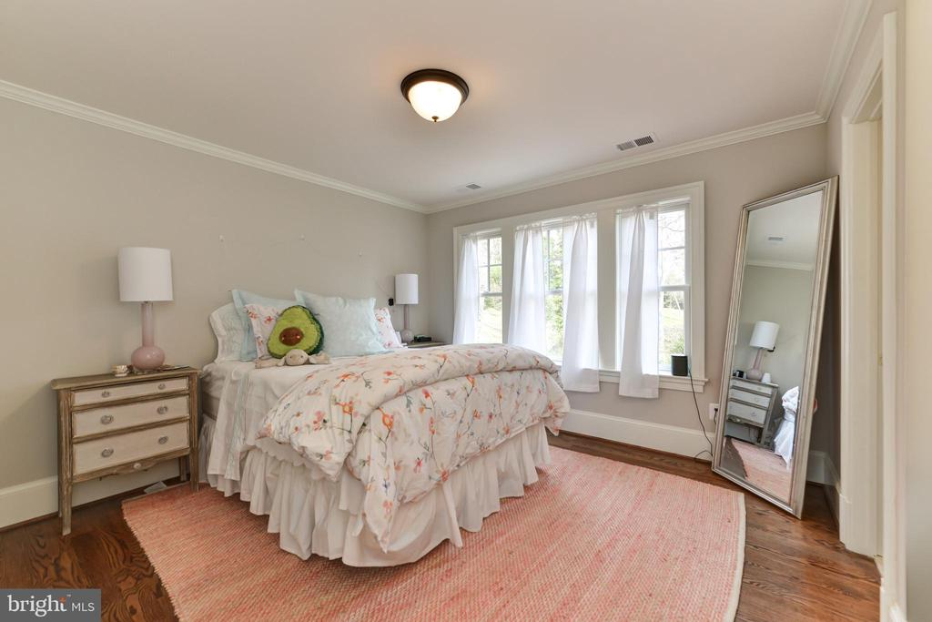 3rd bedroom - 402 PRINCETON BLVD, ALEXANDRIA