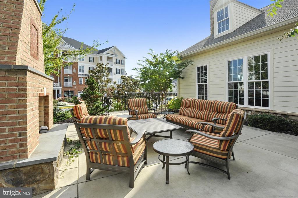Regency Clubhouse Outdoor Fireplace and Patio - 44589 YORK CREST TER #304, ASHBURN