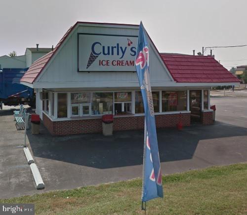 Retail للـ Sale في Burlington, New Jersey 08016 United States