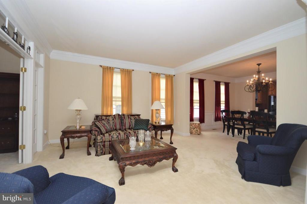 Formal Living Room - 11829 CLARKS MOUNTAIN RD, BRISTOW