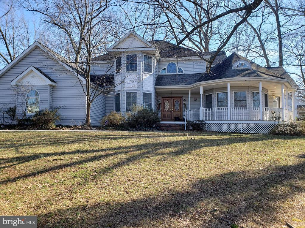 6543  BRADDOCK ROAD, Alexandria, Virginia