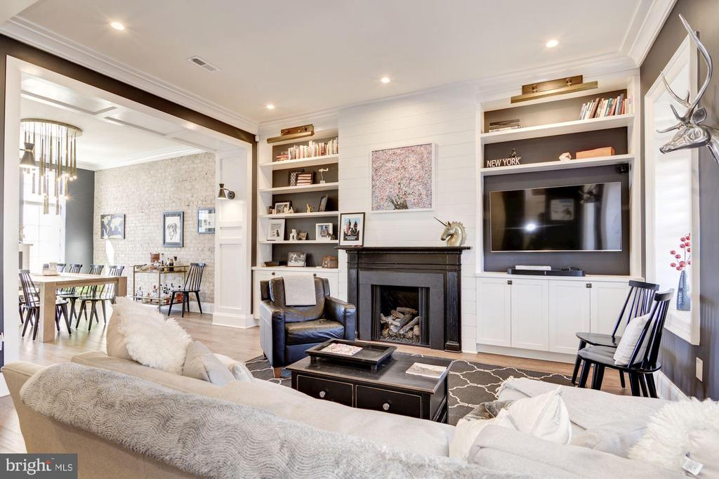 1st Floor // Living Room w/ built-in + fireplace - 2024 N CAPITOL NW, WASHINGTON