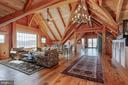 Reclaimed wood floors - 40041 HEDGELAND LN, WATERFORD