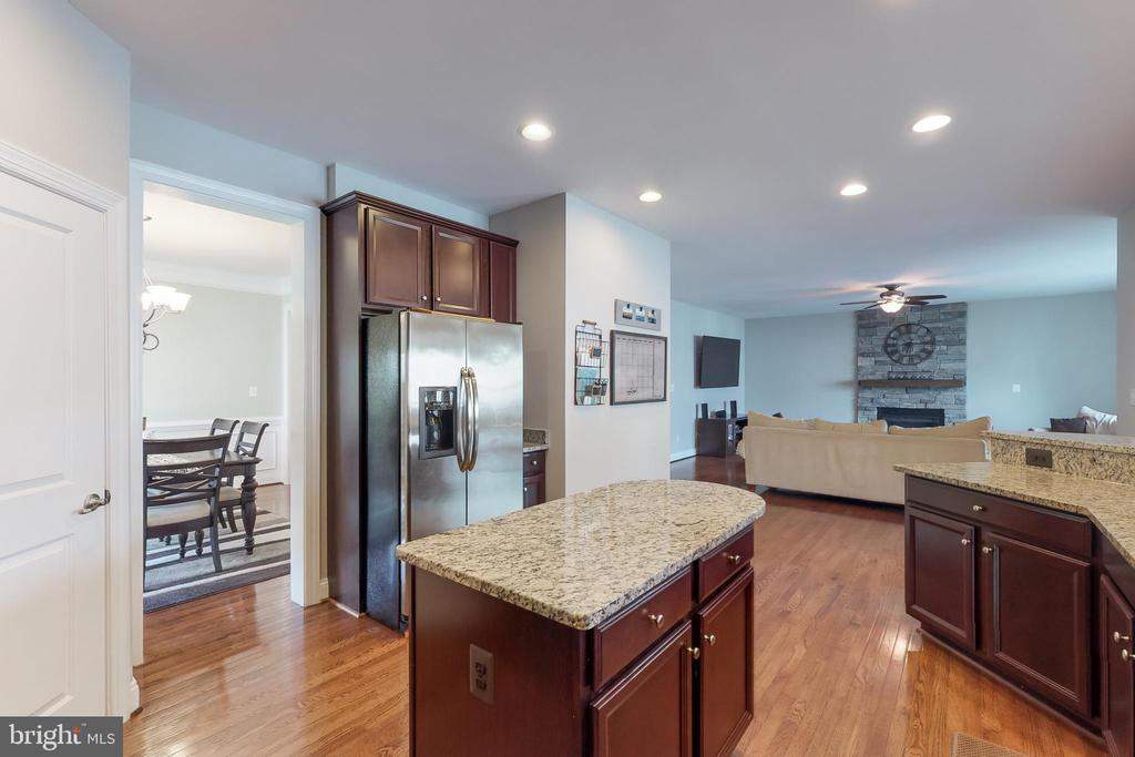 Open layout! - 25875 SYCAMORE GROVE PL, ALDIE