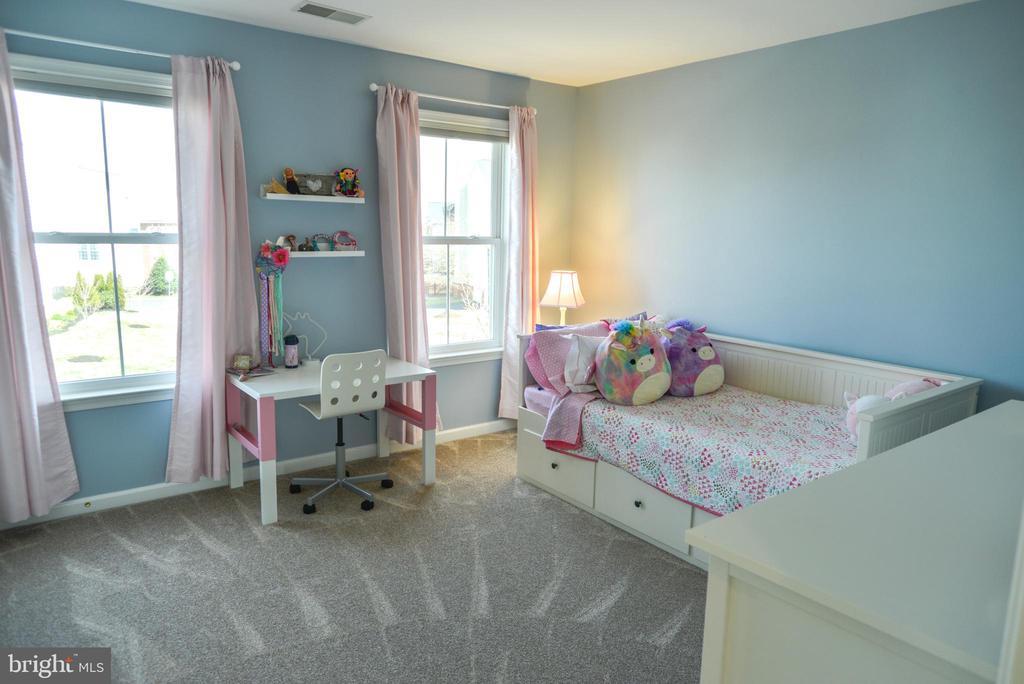 Bedroom 2 - 42547 GOOD HOPE LN, BRAMBLETON