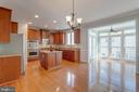 Bump out adds extra living space - 9331 HUNDITH HILL CT, LORTON
