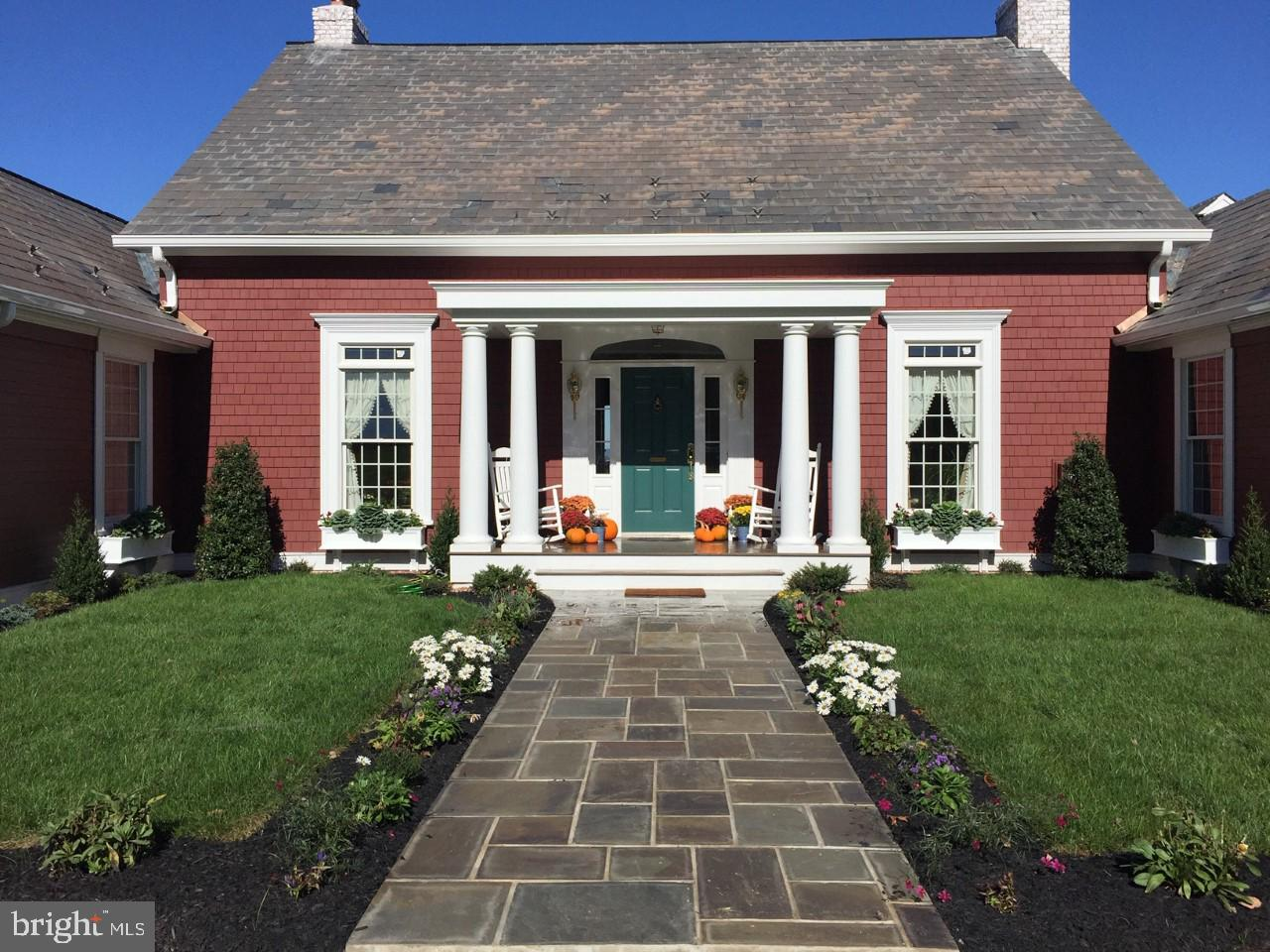 Maison unifamiliale pour l Vente à 40 LINVALE Road Ringoes, New Jersey 08551 États-UnisDans/Autour: East Amwell Township