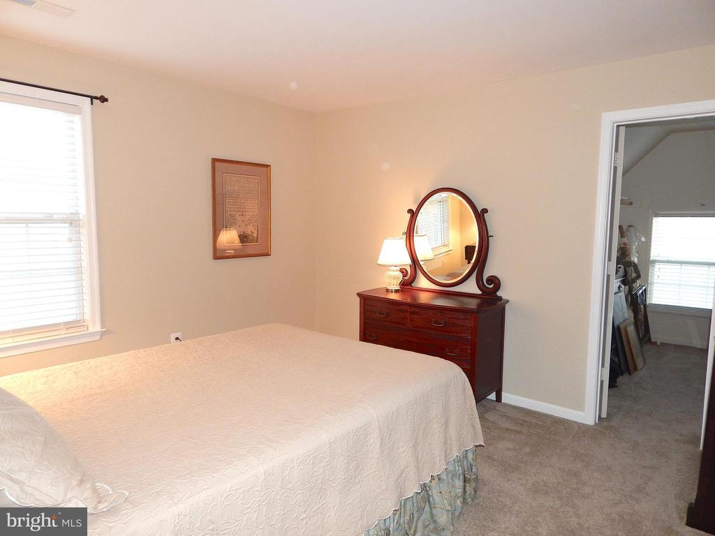 Bedroom #2 w/view into walk-in closet - 81 BRUSH EVERARD CT, STAFFORD