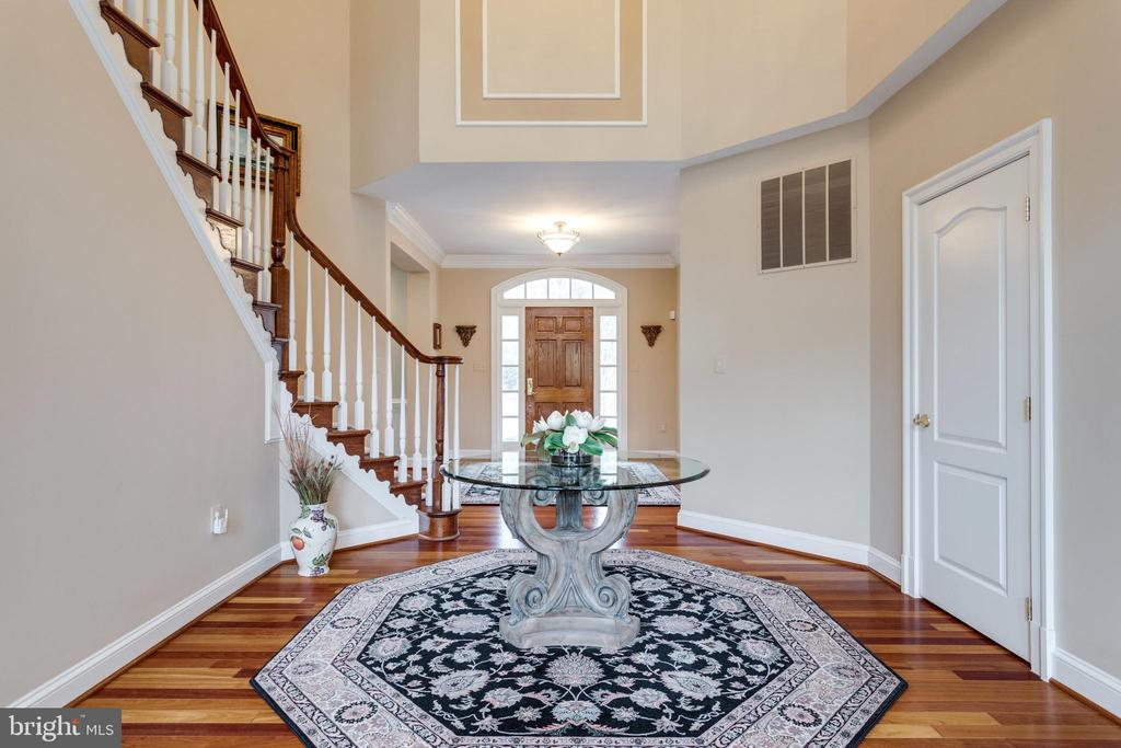 Handsome Architectural Details Throughout. - 2565 YONDER HILLS WAY, OAKTON