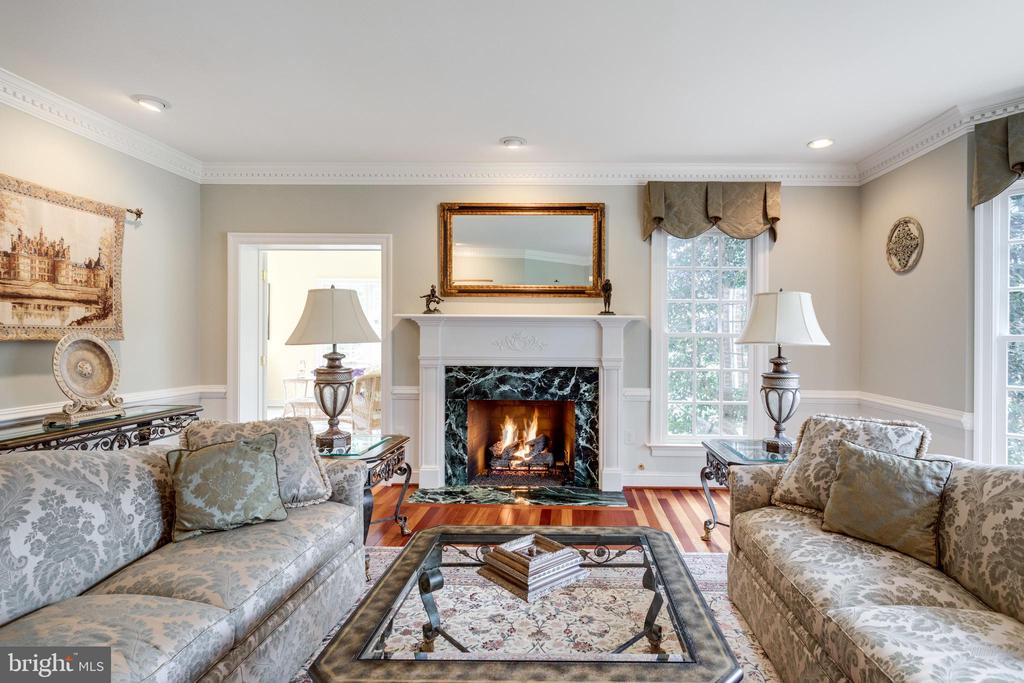 Warm & Inviting Gas Fireplace with Marble Surround - 2565 YONDER HILLS WAY, OAKTON