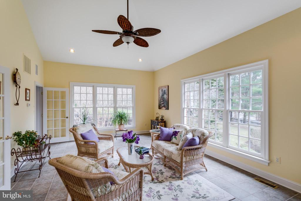 Sunroom with Cathedral Ceiling. - 2565 YONDER HILLS WAY, OAKTON
