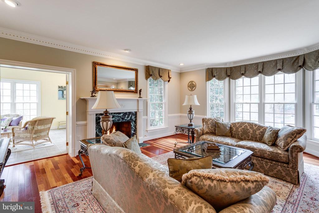 Living Room opens to Sunroom through French Doors. - 2565 YONDER HILLS WAY, OAKTON