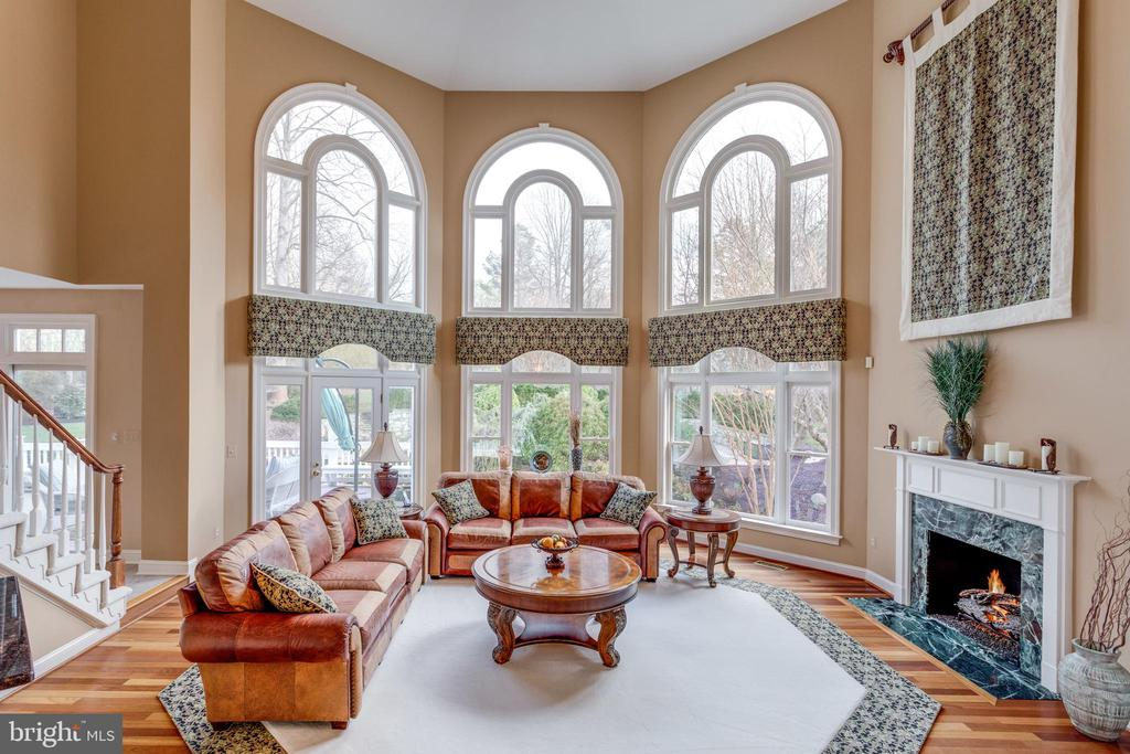 Two-story Great Room with Gorgeous Views. - 2565 YONDER HILLS WAY, OAKTON