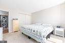 Large master bedroom - 2311 PIMMIT DR #213, FALLS CHURCH