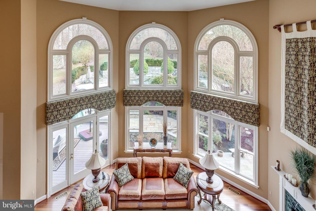 View of Great Room from Upper Level Landing. - 2565 YONDER HILLS WAY, OAKTON