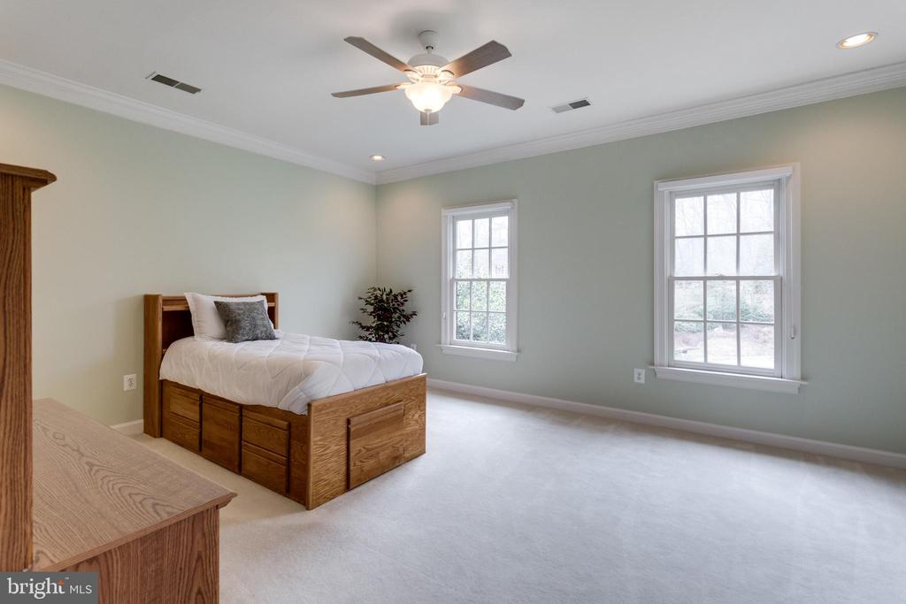 Yet Another Generous Bedroom. - 2565 YONDER HILLS WAY, OAKTON