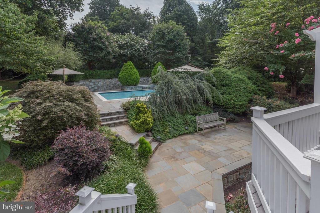 View to Pool and Magnificent Lush Landscape. - 2565 YONDER HILLS WAY, OAKTON