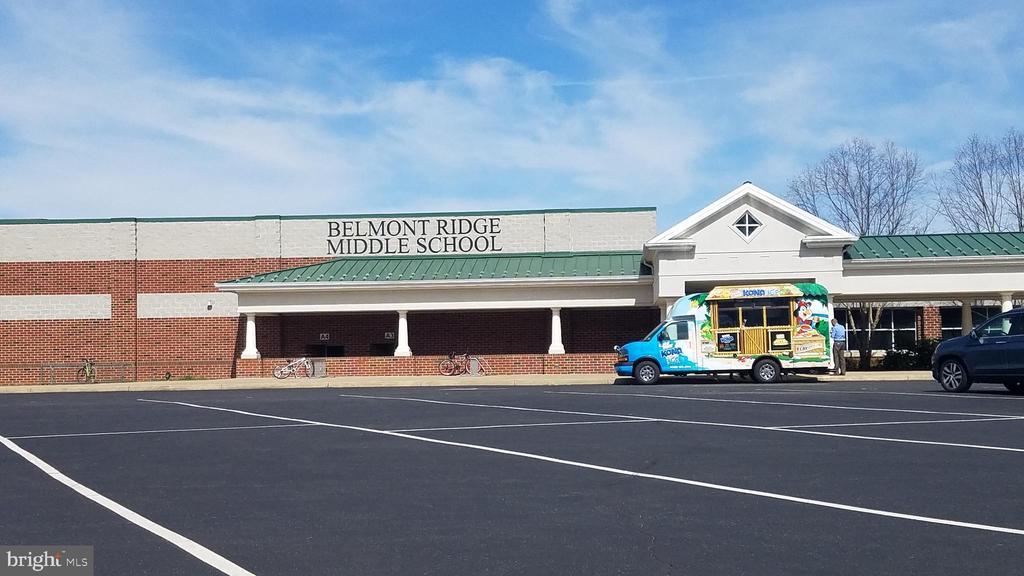 Belmont Ridge Middle School - 43230 PARKERS RIDGE DR, LEESBURG