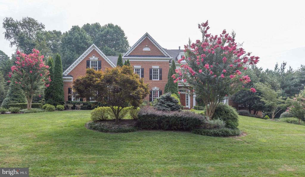 A Stunning Home for the Ages! - 2565 YONDER HILLS WAY, OAKTON