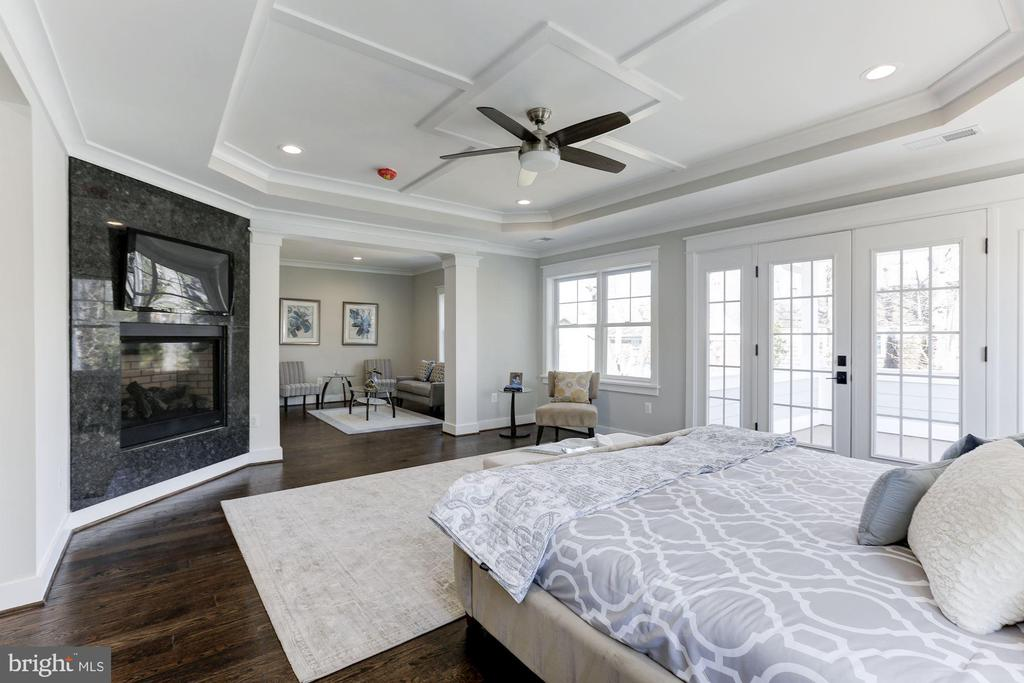 Master Bedroom with French Doors to Private Deck - 6834 CHURCHILL RD, MCLEAN