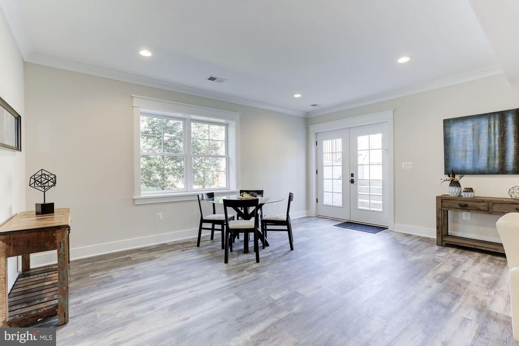 Space for Game Table or Billiards - 6834 CHURCHILL RD, MCLEAN
