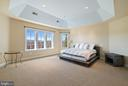 Master Bedroom with mountain views - 21051 ST LOUIS RD, MIDDLEBURG