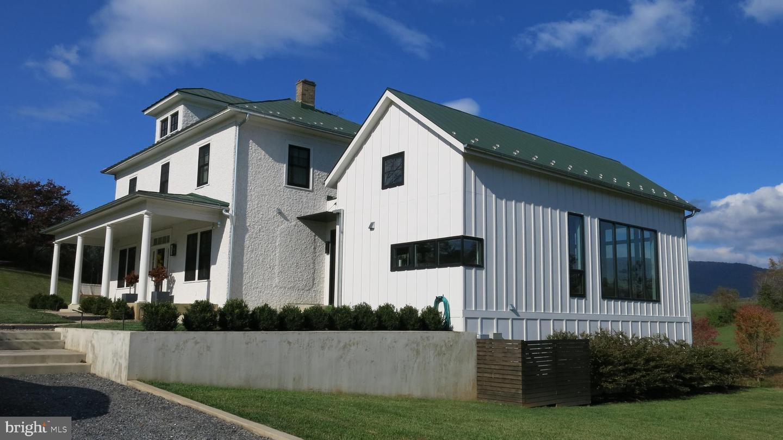 Single Family Homes のために 売買 アット Flint Hill, バージニア 22627 アメリカ