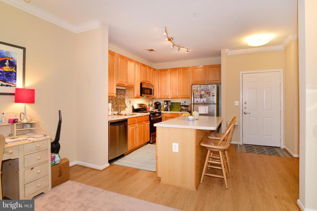 Kitchen - 12001 MARKET ST #214, RESTON
